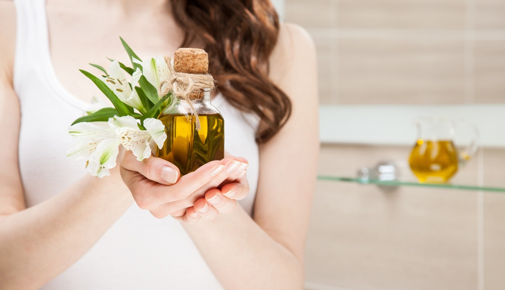 shutterstock_oliveoil_haircare_skincare