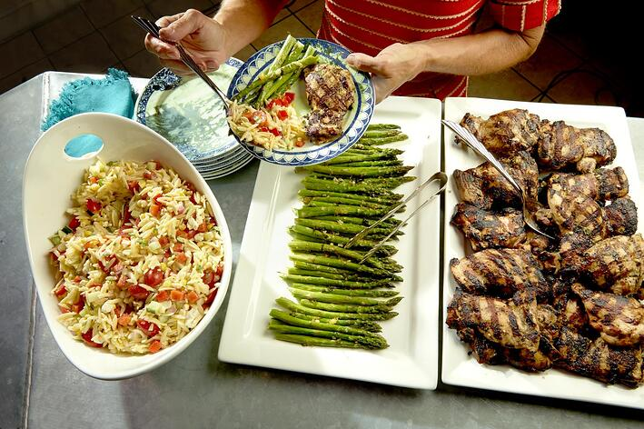 Grilled_Chicken_Summer_Orzo_Buffet1