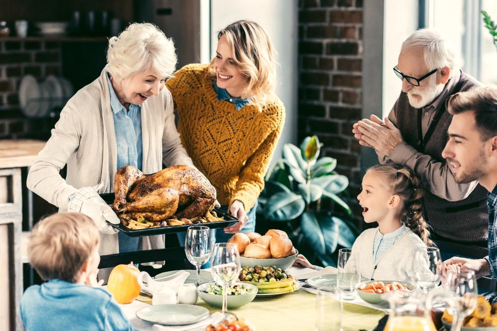 Thanksgiving-dinner-family-stock