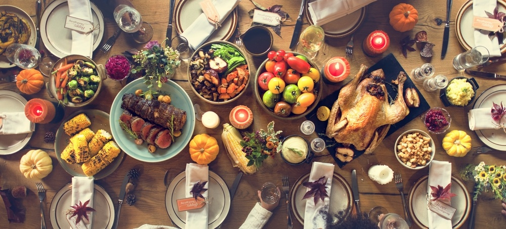 Thanksgiving-dinner-table-stock-2