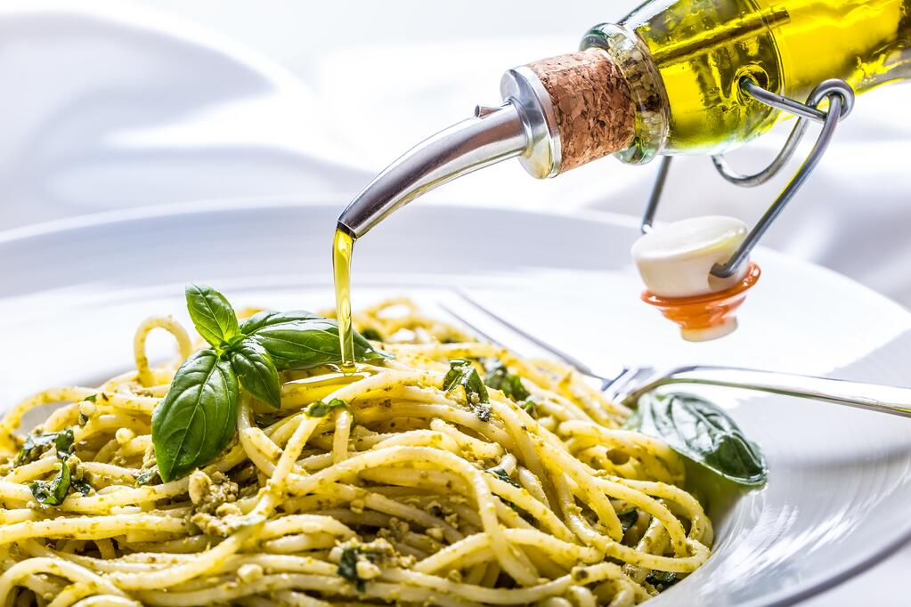 olive-oil-spaghetti.jpg