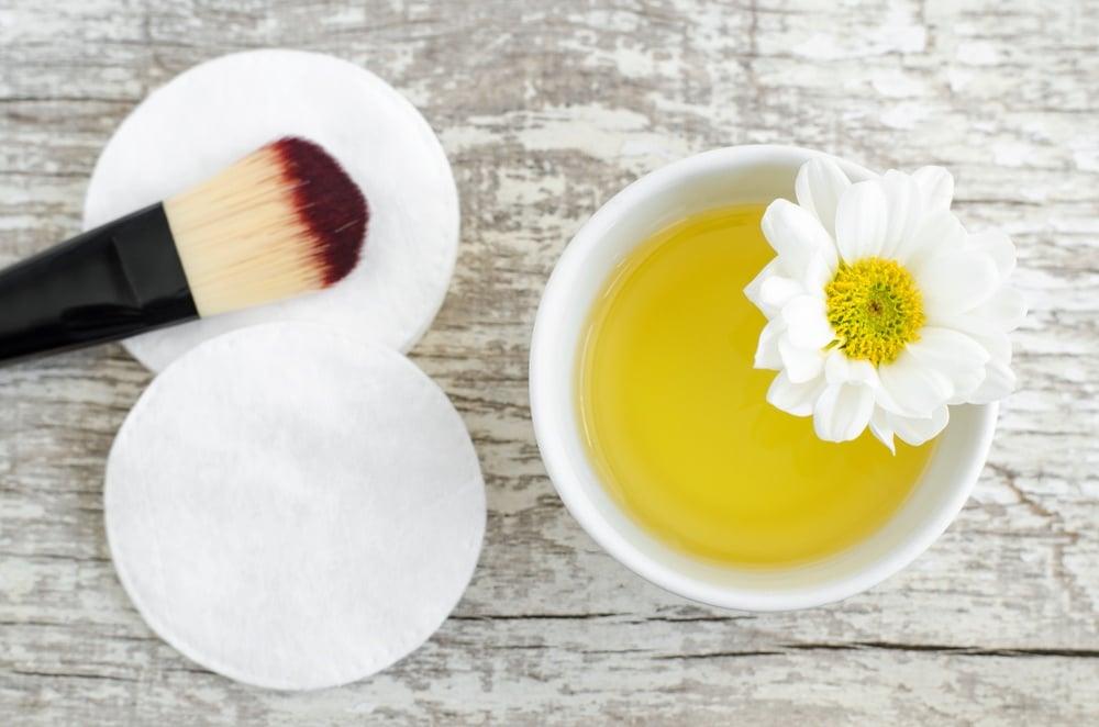 olive oil-for-beauty-regimen