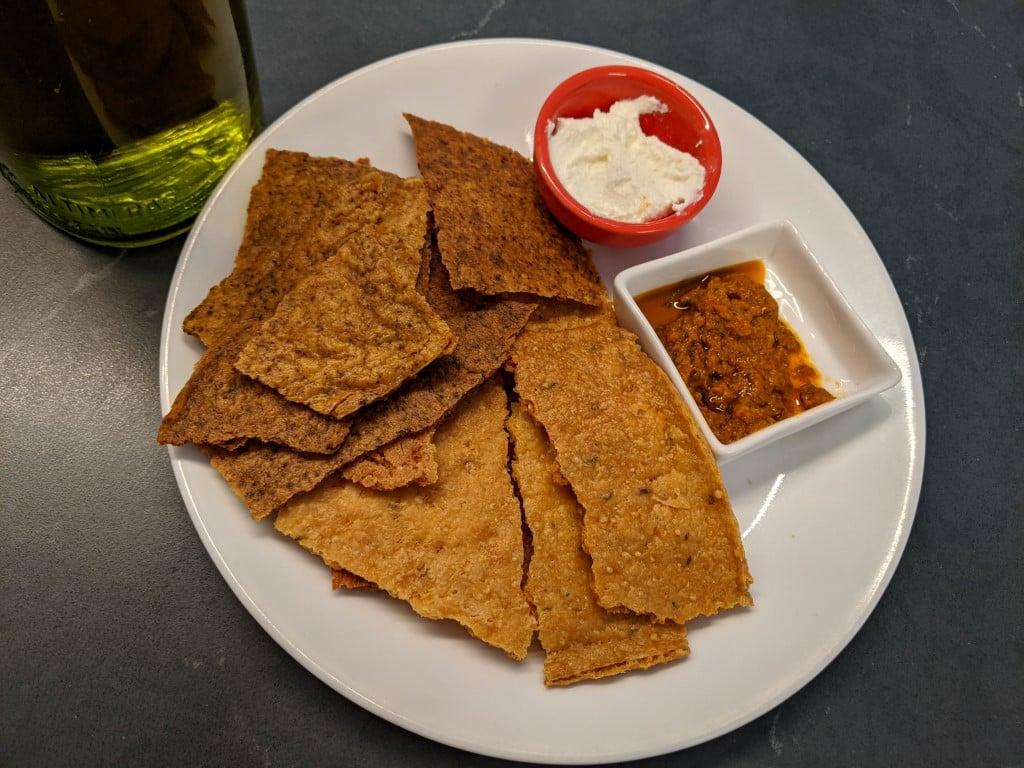 sourdough discard crackers (Medium)